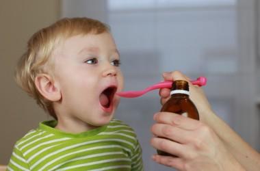 10 rad jak wzmocnić odporność dziecka w sezonie chorobowym