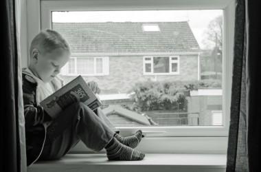 Dziecko samo w domu – jak przygotować pociechę