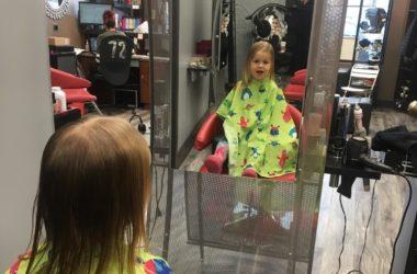 Jak dbać o włosy małego dziecka